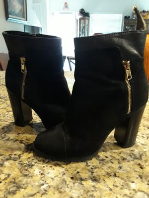 Juicy Couture Black Size 7 Boots! for Sale in Riverview, FL