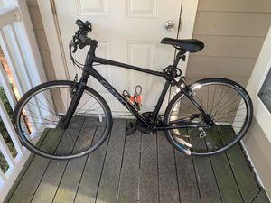 Giant bike - hardly used with Accessories for Sale in Herndon, VA