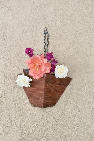 Handmade Hanging flower pot for Sale in Fontana, CA