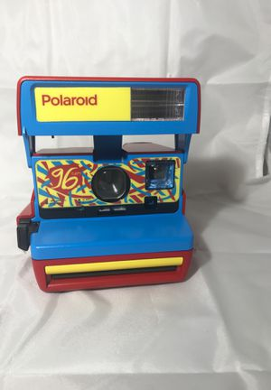 New Polaroid Originals 600 96 Cam Instant Film Camera (Jazz Red) for Sale in East Meadow, NY