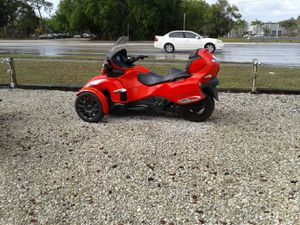 2013 can-Am spider touring motorcycle for Sale in Lake Suzy, FL