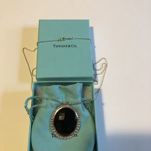 Authentic Tiffany & Co. black oval Onyx Pendant with sterling silver, 28 inch for Sale in Queens, NY