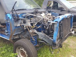 Dodge ram Parts truck with title 3.92 ratio axles/cab/frame/318 for Sale in Sorrento, FL