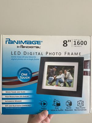 Digital photo frame for Sale in SELFRIDGE, MI