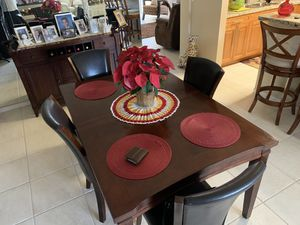 Furniture Dining /living /bar set/ end tables for Sale in Pompano Beach, FL
