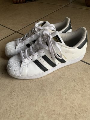 Adidas superstar for Sale in Bakersfield, CA