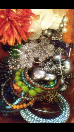 Mega Sale!!! PLUS SIZE WOMEN'S CLOTHES, JEWELRY AND FASHION SCARVES $3 each for Sale in Princeton, NJ