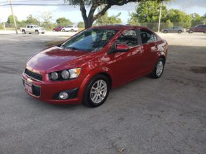 2015 Chevy sonic for Sale in Hialeah, FL