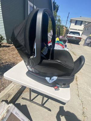 Primo viaggio car seat for Sale in San Diego, CA