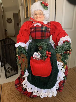 Vintage Mrs Clause Table Decor/ Tree Topper Courderoy Plaid Outfit Glasses XMAS for Sale in Phoenix, AZ