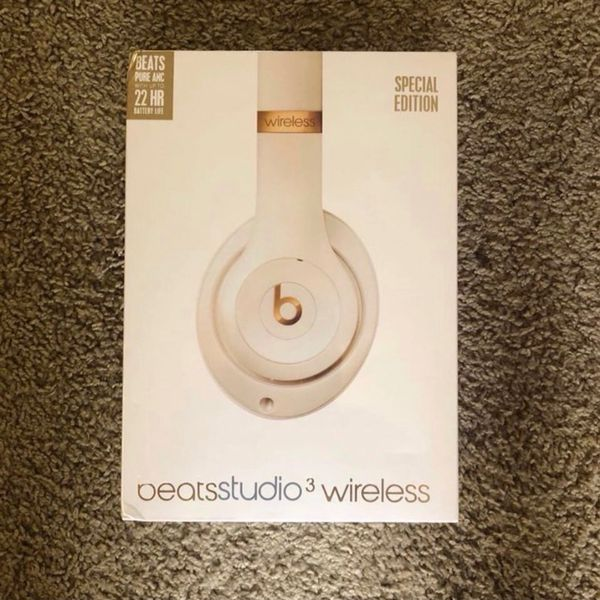 READ DESCRIPTION! BEATS STUDIO 3 WIRELESS BLUETOOTH HEADPHONES