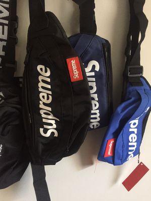 Supreme Fanny pack for Sale in Atlanta, GA