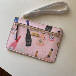 Kate Spade Champagne Wristlet for Sale in Falls Church,  VA