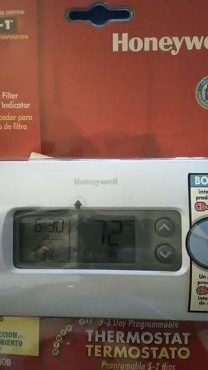 Honeywell Thermostat for Sale in Hanlontown, IA
