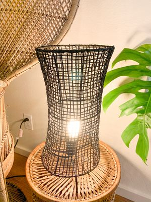Target woven black table lamp for Sale in Wahiawa, HI