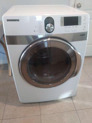 Samsung Steam Dryer for Sale in Winter Haven, FL