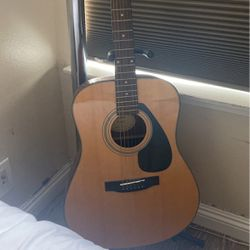 Yamaha F325D Guitar for Sale in Placentia,  CA