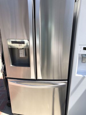 Kenmore elite amazing condition works perfect extremely clean for Sale in Bell, CA
