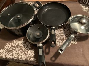 Pots and pans for Sale in Spring Valley, CA