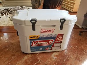 Coleman Cooler **7 Day Ice** for Sale in San Diego, CA