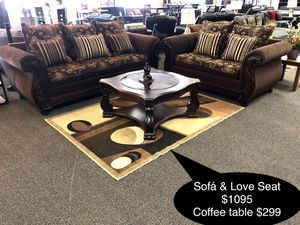New Beautiful sofa and love seat for Sale in Fresno, CA