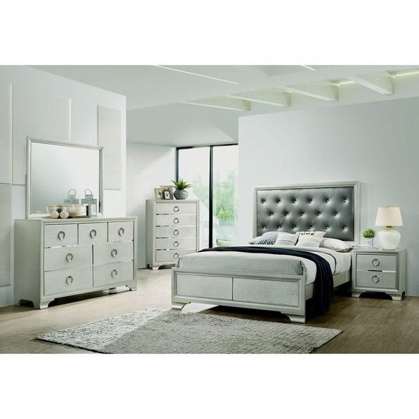 brand new 4 piece full or queen size bedroom set includes