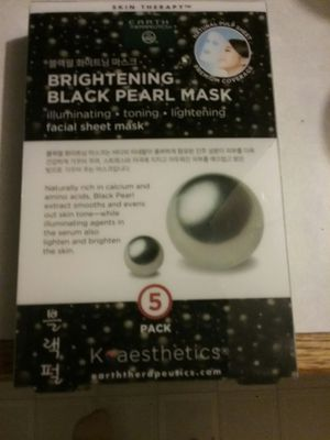New Earth therapeutics 5 pack mask still sealed for Sale in Tacoma, WA