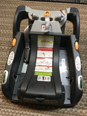 Chicco keyfit base for Sale in Youngsville, LA