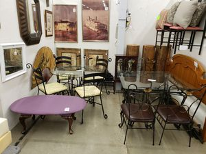 Upholstered wrought iron table &4 chairs for Sale in Bessemer, AL