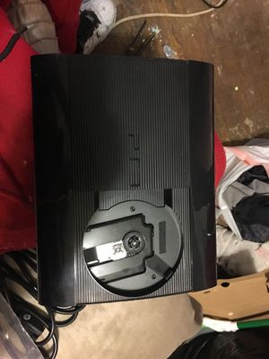 500gb Super slim ps3 one game no controler for Sale in Cleveland, OH