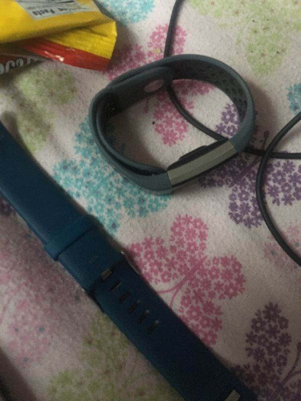 Fitbit charge 2 with extra band and chargers
