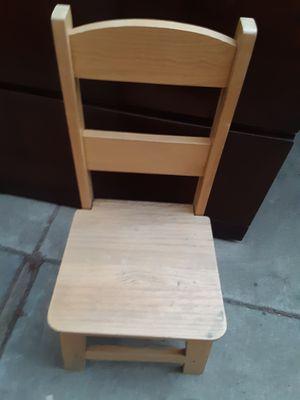 Small chair $10 for Sale in Modesto, CA