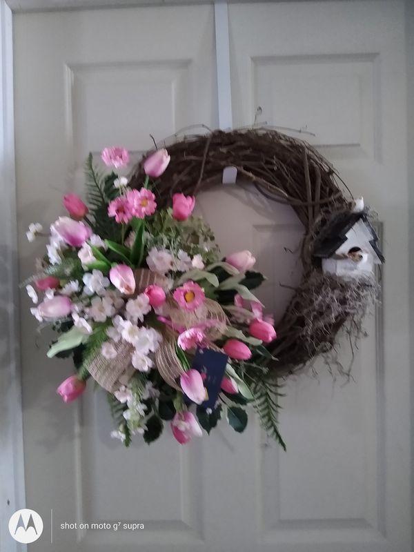 Grapevine wreath s