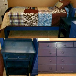 Twin 3 pc. Bedroom Set (Mattresses and Quilt incl.) for Sale in Riverside, CA