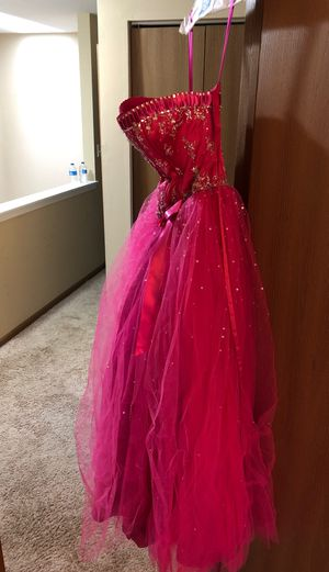 Dress for Sale in South Elgin, IL