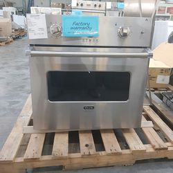 NEW Viking Single Oven 30inch Stainless Steel FACTORY WARRANTY for Sale in Pomona,  CA