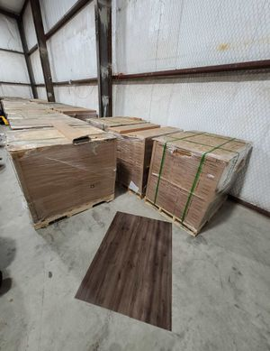 Luxury vinyl flooring!!! Only .65 cents a sq ft!! Liquidation close out! KXH7 for Sale in Buda, TX