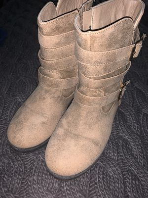 Girl boots for Sale in Bakersfield, CA
