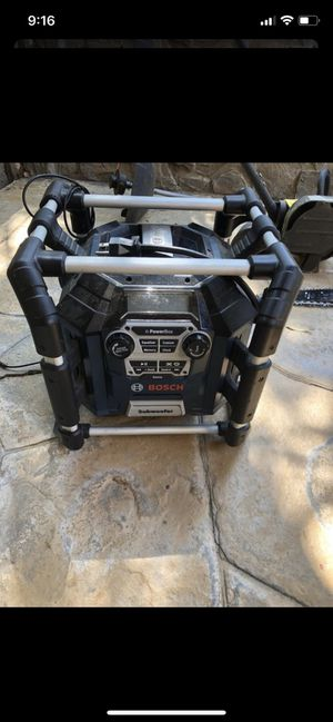 Bosch Radio with charger and battery lithium for Sale in Stevenson Ranch, CA