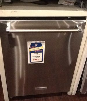 New open box kitchen aid dishwasher KDTE254ESS for Sale in Downey, CA
