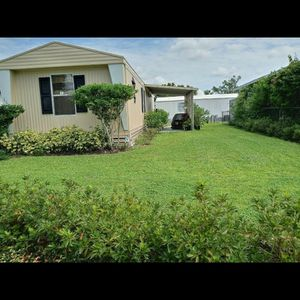 Mobile Home 2 hab.1bano.Bien Cuidada for Sale in Sanford, FL