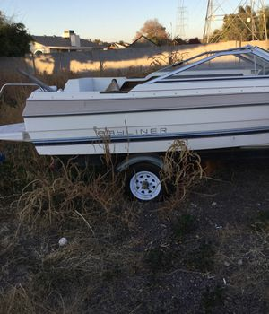 Bayliner boat with trailer for sale need gone today for Sale in Mesa, AZ
