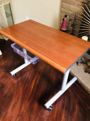 """Heavy Duty Student Desk mobile with wheels locks and trade & Trade 27""""high x 18""""x34"""" wide thanks for looking my post for Sale in Fresno, CA"""