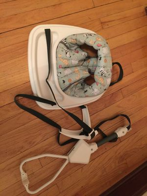Baby Swing for the door for Sale in Detroit, MI