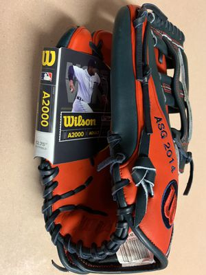 A2000 Adult left handed baseball glove new with tags for Sale in Brooklyn, NY