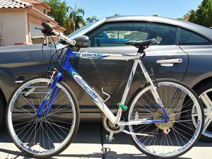 Genesis road bike for Sale in Glendale, AZ