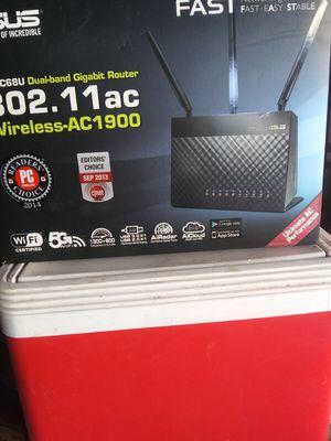 ASUS RT-AC68U WIRELESS-SC1900 DUAL BAN GIGABIT ROUTER for Sale in Live Oak, TX