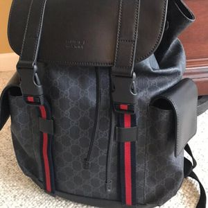 gucci soft gg supreme backpack in black for Sale in Los Angeles, CA