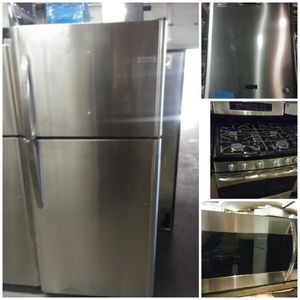 Package of 4: New fridge, gas range, microwave & dishwasher - all stainless with warranty for Sale in Baltimore, MD