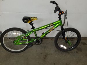 18 inch boys bike for Sale in Smithville, MO